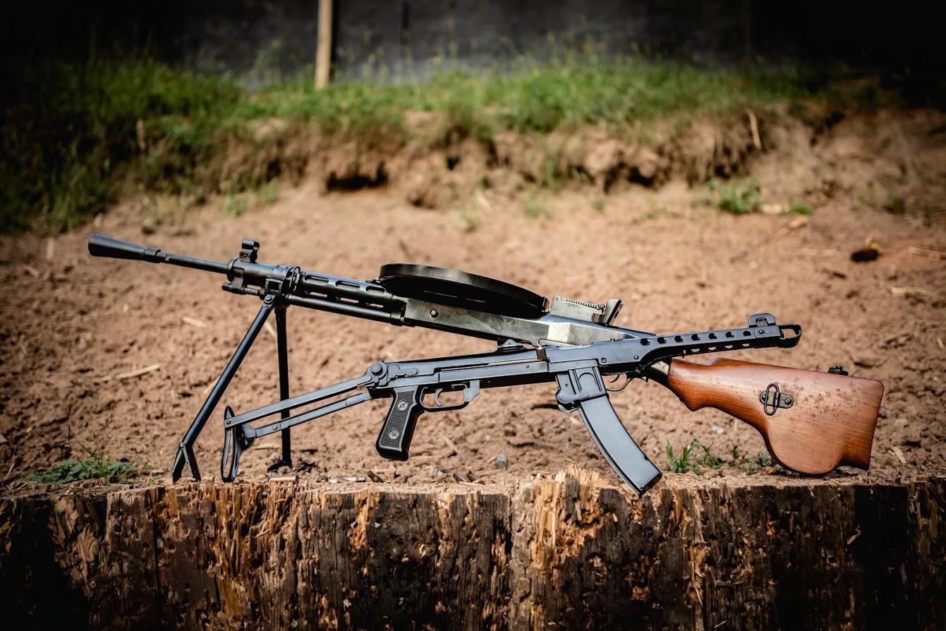 Jak uzyskać pozwolenie na broń do celów kolekcjonerskich?